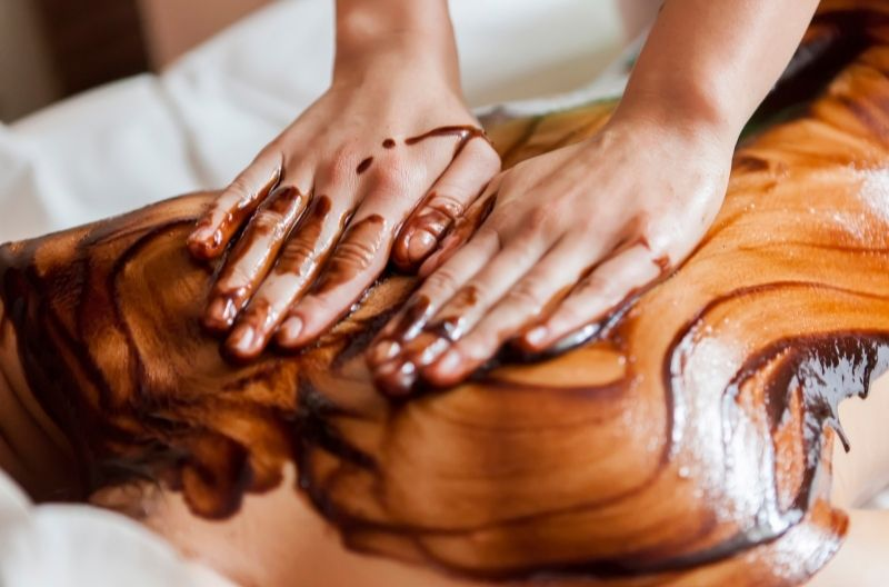 4 Hands Massage with Hot Chocolate