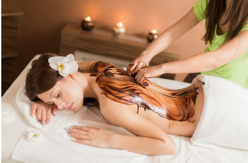 4 Hands Massage with Chocolate